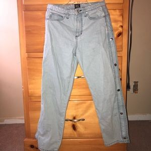 Baggy Popper Jeans in light blue